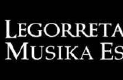 Ikasle berriek Musika Eskolan izena emateko kanpaina