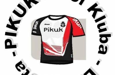 El club deportivo Pikuk tiene en venta nueva ropa