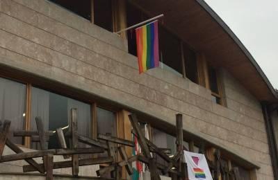 LGTBI komunitatearen aldeko adierazpena onartu du udalbatzak